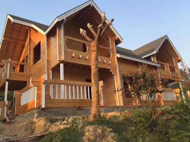 木屋别墅的木构件怎么组装?